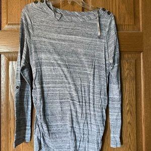 Long sleeve maternity shirt